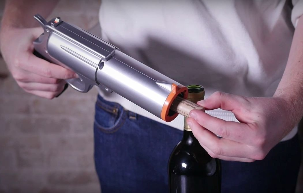 Gun Shaped Electric Wine Bottle Opener extract